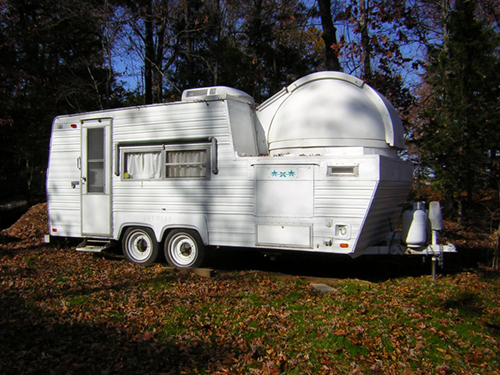 Used 1999 Fleetwood Prowler Travel.